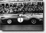 N�rburgring 1000 km 1965: John Surtees and Ludovico Scarfiotti won at the wheel of the 330P2 s/n 0828