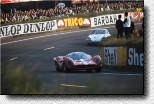 Le Mans 24 h 1967: The 412P s/n 0848 of the Swiss Scuderia Filipinetti retired in the 7th hour. It was driven by Jean Guichet and Herbert Müller.