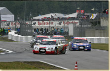 Tom Kristensen in front of Martin Tomczyk, Christian Abt and Allan McNish